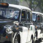 Taxi airport transfers versus Minibus – the easyBus advantage